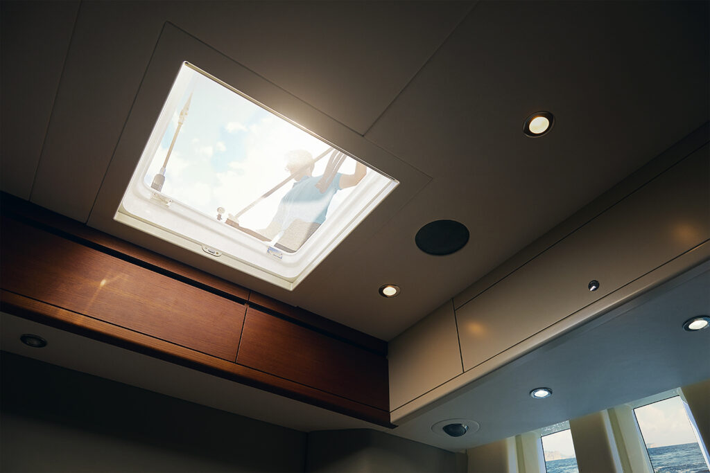 Roof & Hatch Blinds - Skyscreen - Dometic - Acastimar