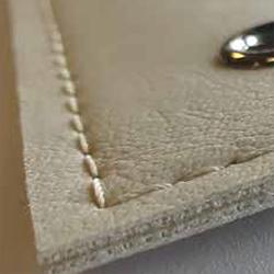 Skyvenetian leather - texture - ALLOY - Dometic - Acastimar